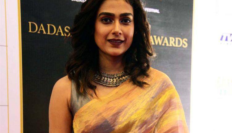 Actress Aakanksha Singh Photos @ Dadasaheb Phalke Awards South 2