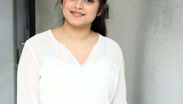 Aishwarya Ullas actress Photos Images