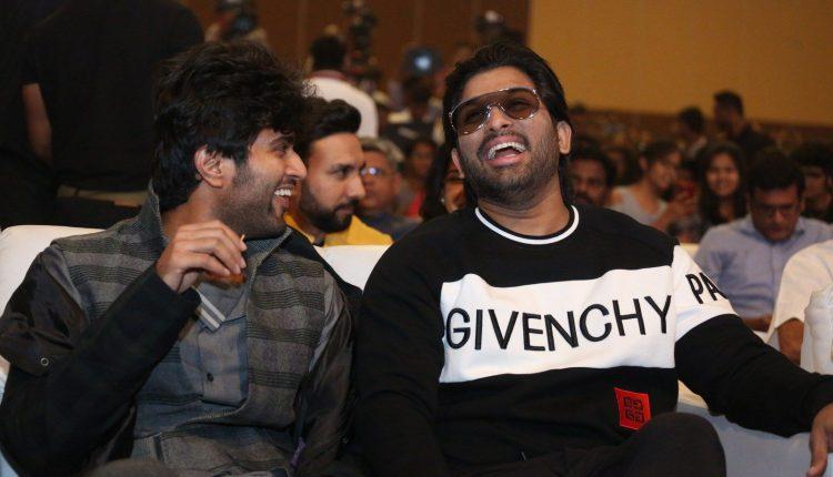 Allu Arjun, Vijay Deverakonda during Taxiwala Pre Release event 4