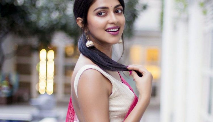 Amala Paul Actress Images Photos Gallery