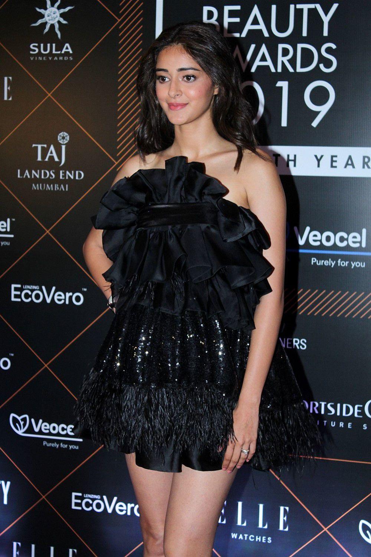 Ananya Pandey At Elle Beauty Awards 2019 Red Carpet Photoshoot (3)