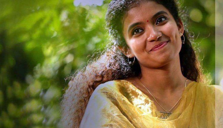 Latest Anna Ben Malayalam Actress photos
