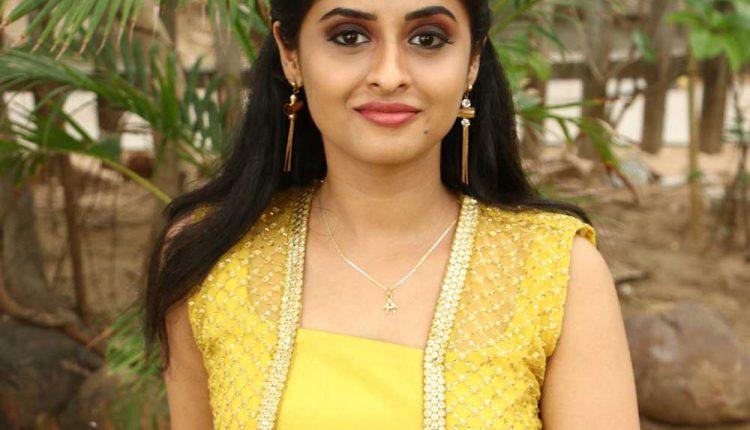 Arthana Binu Actress Photos Stills
