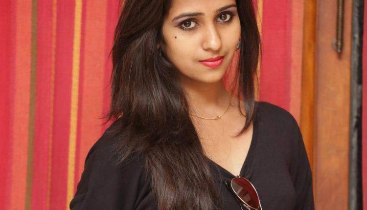 Deekshitha Parvathi Actress Photos and HD Images