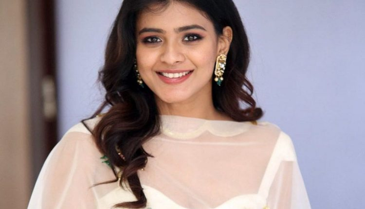 Hebah Patel Actress Photos Images Pictures Gallery