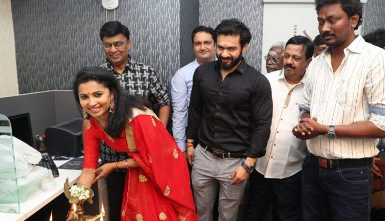 Ikk Tamil Movie Pooja Event Photoshoot Stills (11)