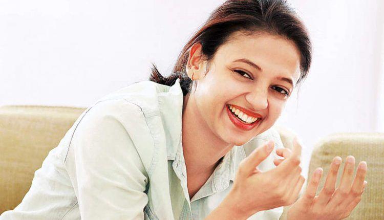 Neeta Pillai malayalam Actress HD images