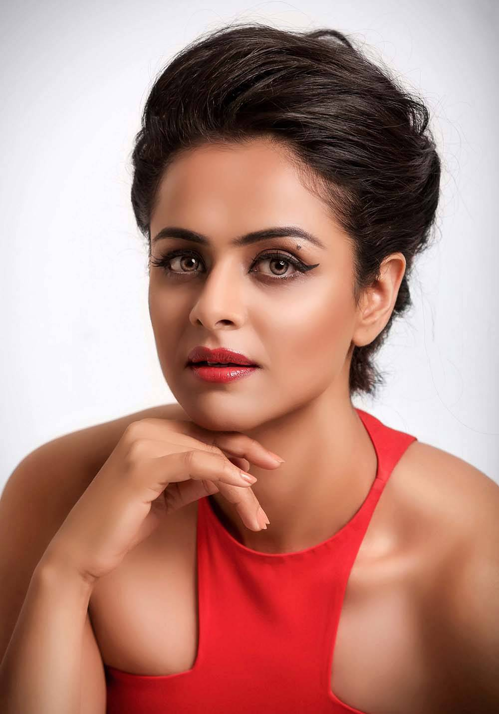 Prachi Tehlan biography profile photos