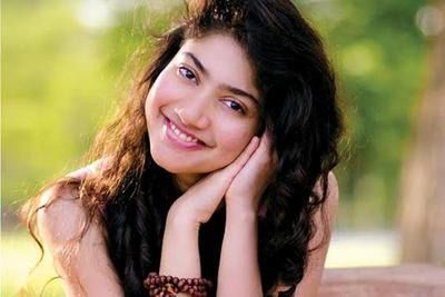 Sai Pallavi actress photos pictures gallery